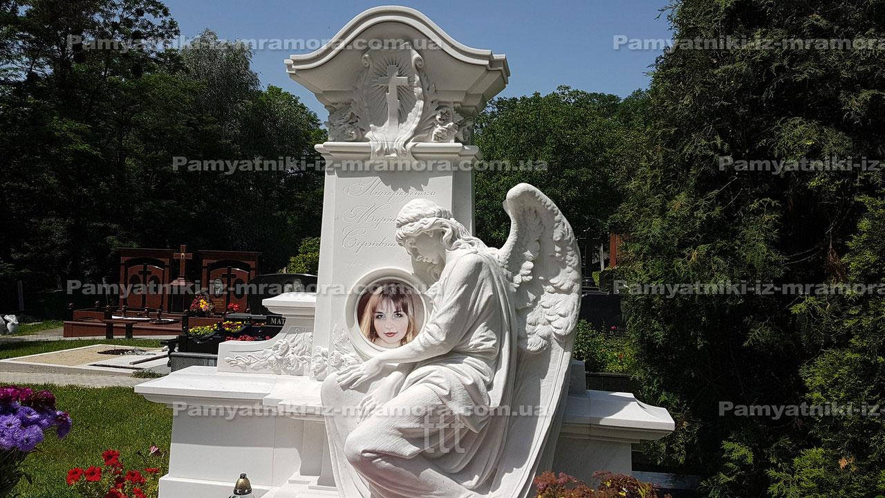 Мраморный комплекс с ангелом №20