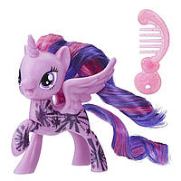 Фигурка My Little PonyTwilight Sparkle Fashion Friendship is Magic Твайлайт Спаркл блестящая с аксессуаром