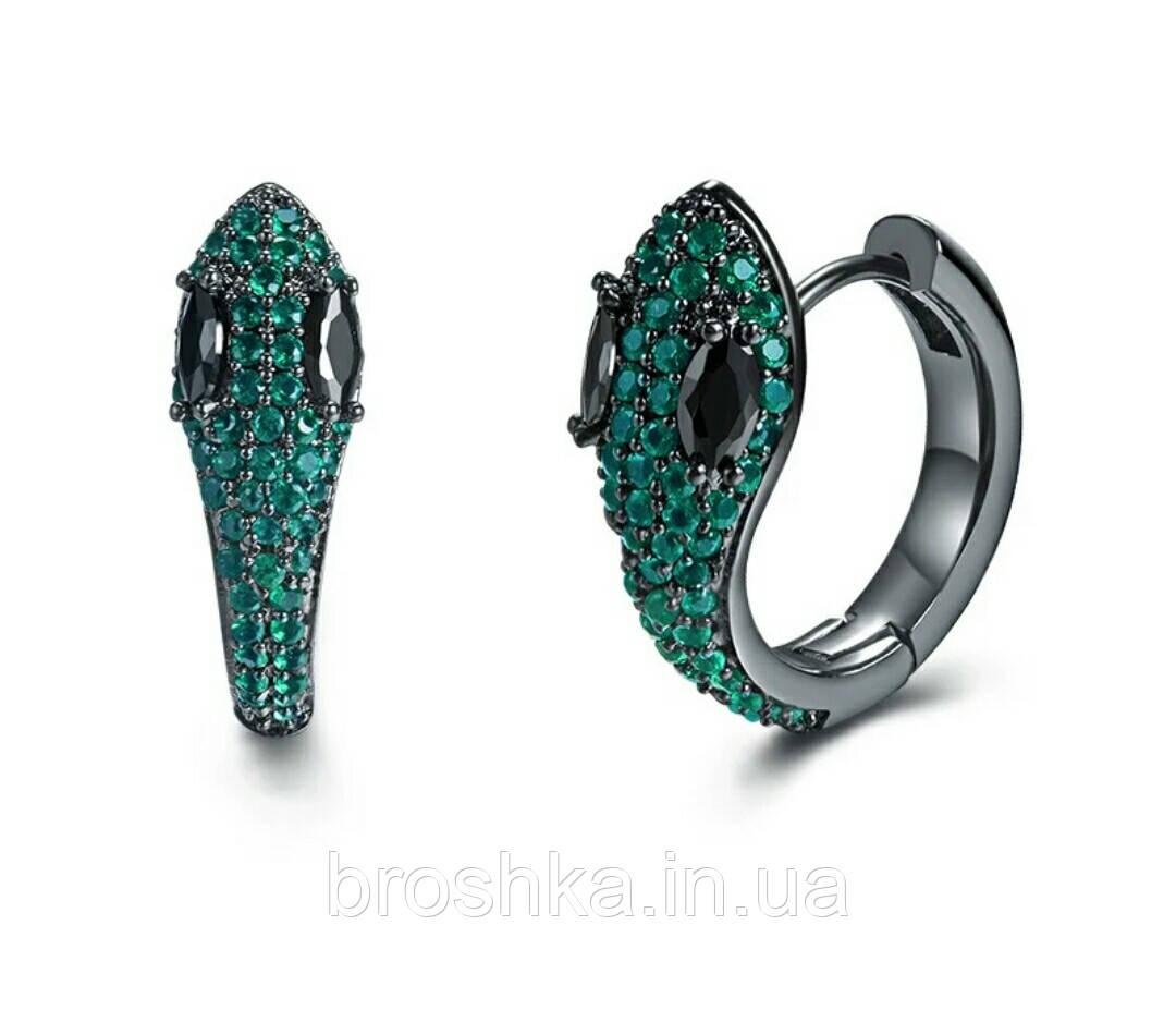 Серьги кольца в виде змеи с зелеными камнями ювелирная бижутерия