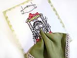 Подарочный женский носовой платок с Вашим текстом Приглашение в ресторан оливковый с кружевом, фото 2