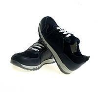 Кожаные кроссовки на шнурках.  Размеры: 31/32/33/34/35/37