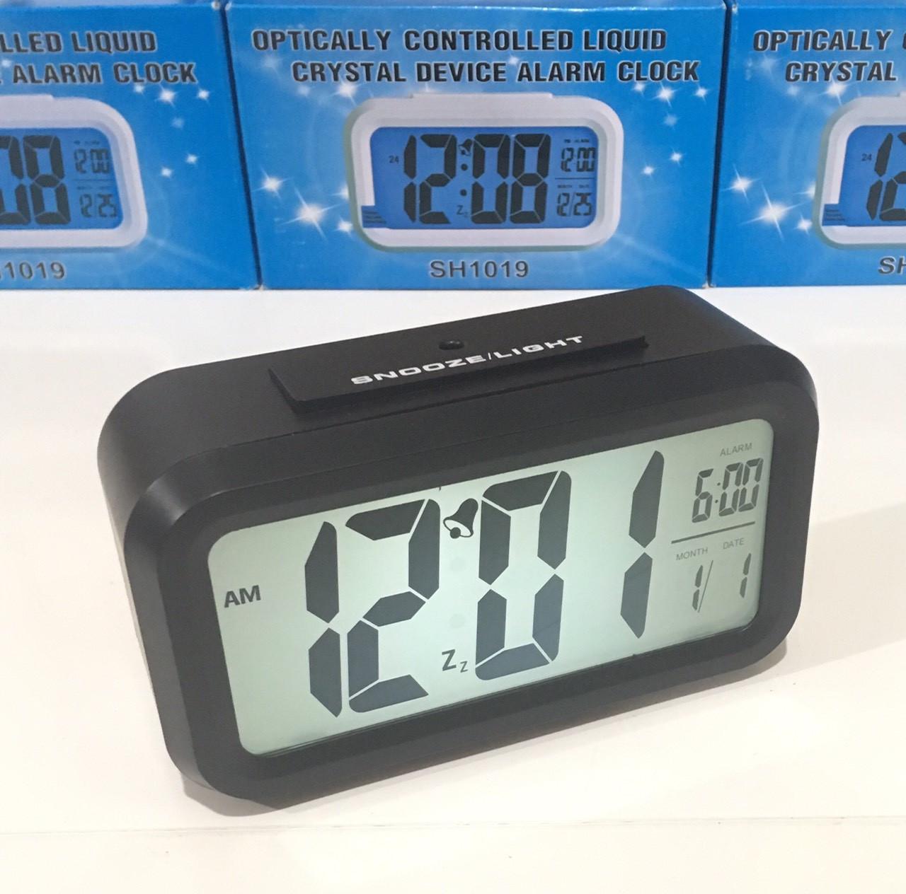 Настольные часы с подсветкой на батарейках MOD-1019