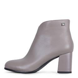 Элегантные серые кожаные демисезонные женские ботинки на среднем каблуке Angelo Vani