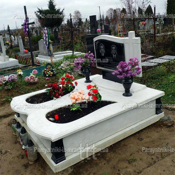 Мраморное надгробие для двоих №1