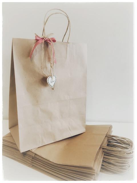 Бумажные пакеты с ручками