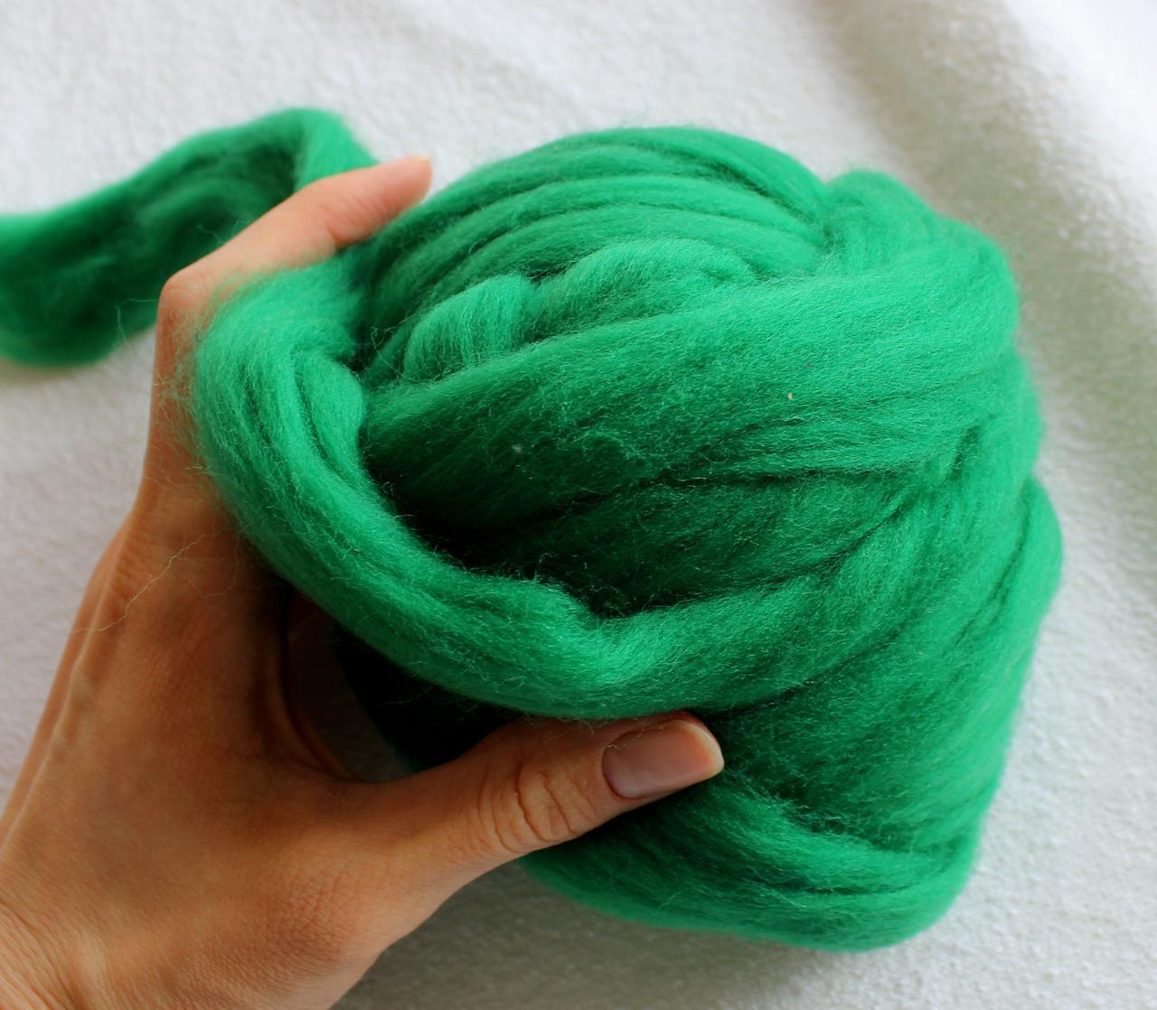 100% шерсть. 21мкрн. Цвет: Зеленый. 2 см, 58 г