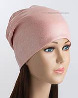 Розовая трикотажная шапочка с серебряным напылением мелкий дождь