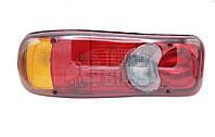 Фонарь задний DAF, Renault, Volvo с фишкой (разъемом) AMP и подсветкой номера Левая сторона