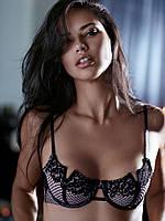 Бюст  Victoria's Secret с красивым вырезом на чашечках, фото 1