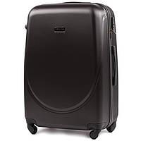 Средний пластиковый дорожный чемодан на 4 колесах фирма WINGS (черный)