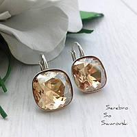 Серьги из серебра 925 пробы с кристаллами Swarovski ювелирной огранки в медовом цвете
