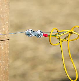 Зажимы сдельные - неотъемлемы атрибут.  Применяется для подключения генератора пастуха с токоведущей линией  и соединения (сращивания) между собой проводников (бечевки, провода) электропастуха.