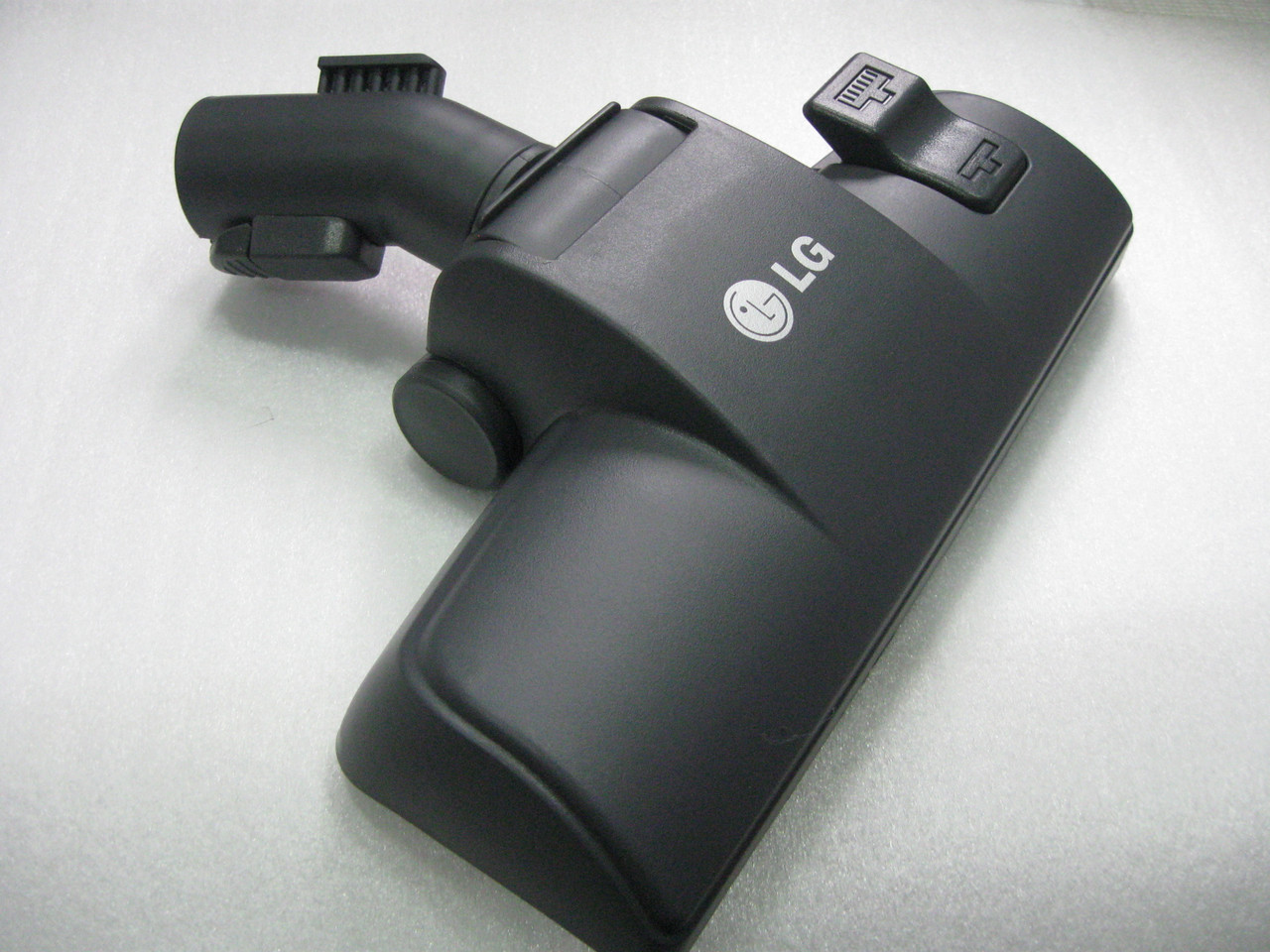 Щетка к пылесосу LG AGB69486510