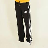 Спортивные штаны с полосками по бокам