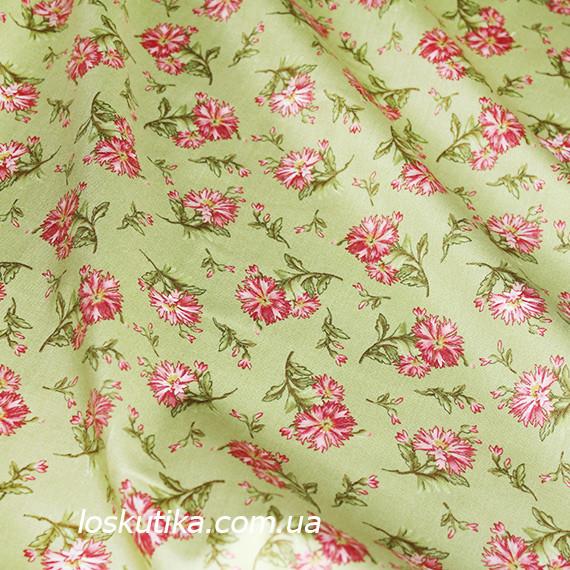44021 Дикая гвоздика (фон зеленый). Декоративная ткань для шитья и рукоделия. Натуральные ткани.