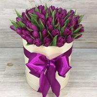 Живые тюльпаны оптом к празднику с доставкой из тюльпанов свежий срез