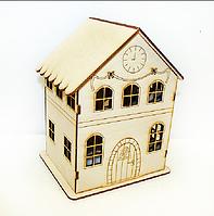 Игрушка Домик с часами и бантиками из дерева. Деревянный домик для кукол, для декупажа, заготовка домика.