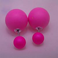 Радужных цветов модные серьги-пусеты матовый  жемчуг