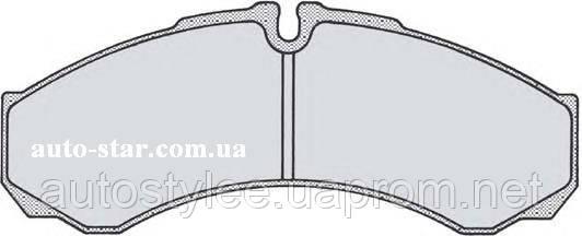 Задние тормозные колодки дисковые IVECO DAILY , 05P684, LPR
