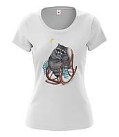 """Женская футболка с рисунком """"Енот"""""""