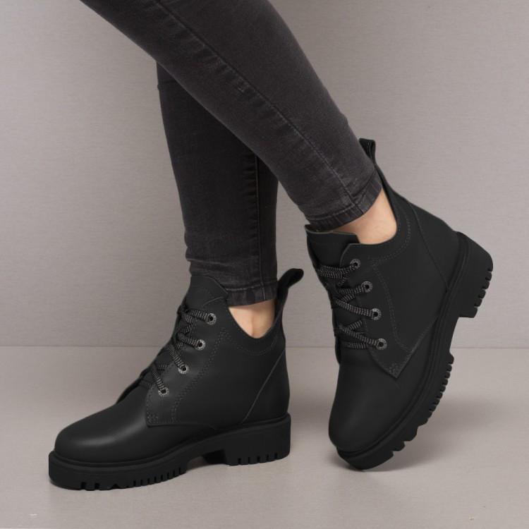 Ботинки черные кожаные 854-30