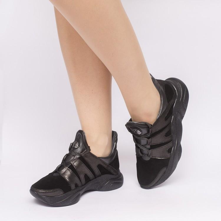 Кроссовки черные замшевые 901-03