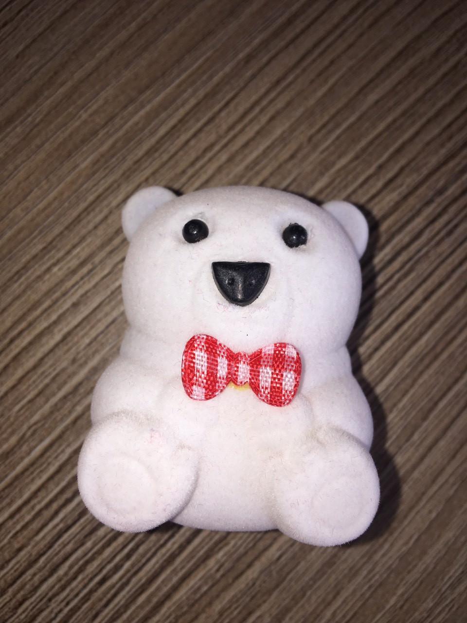 Медведь белый под кольцо