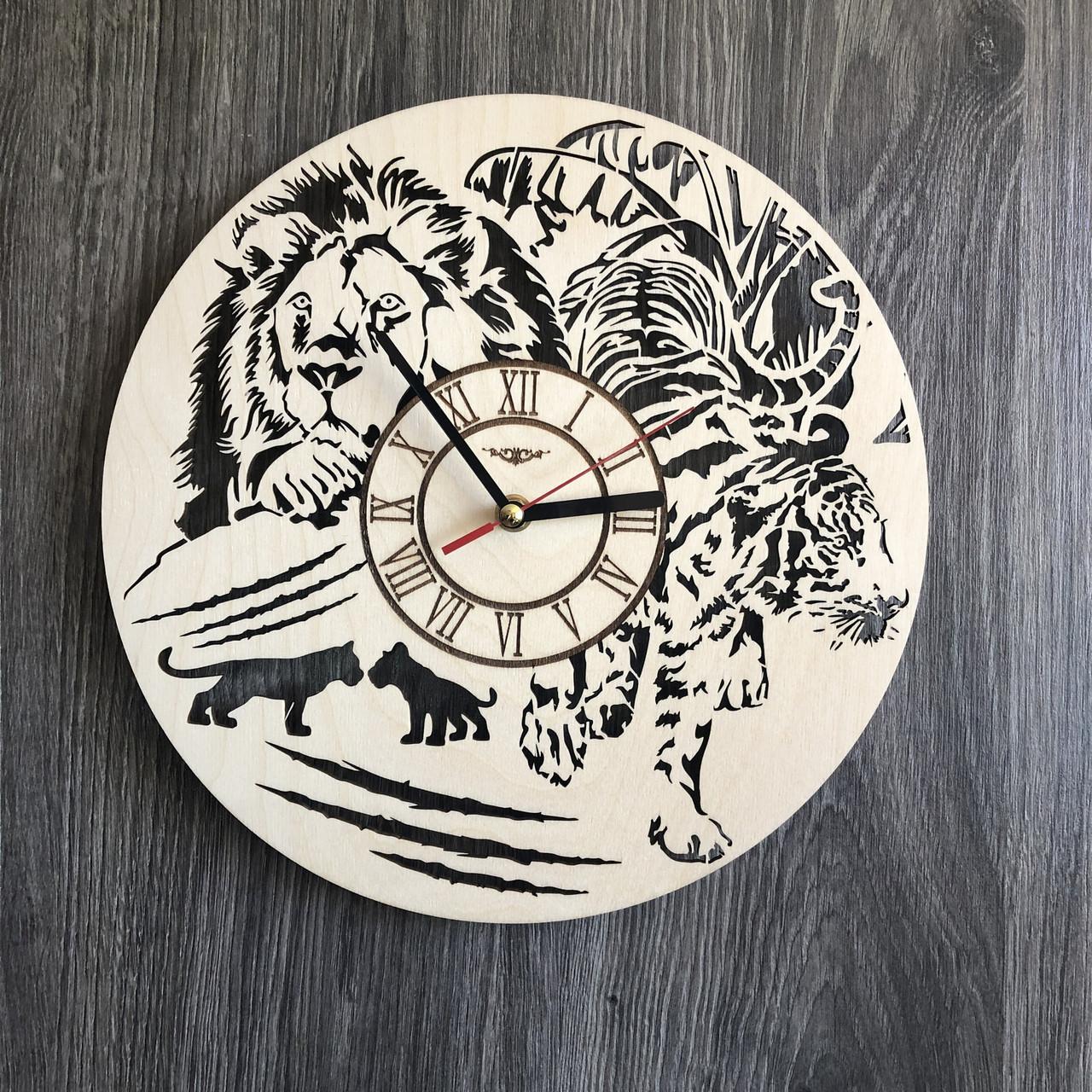 Бесшумные настенные часы из дерева круглые «Животные»