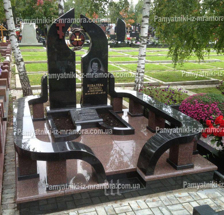 Двойное надгробие   из гранита № 73