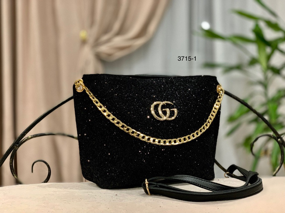 9738c2ee010d Небольшая сумка-клатч - Качественные реплики на сумки известных брендов