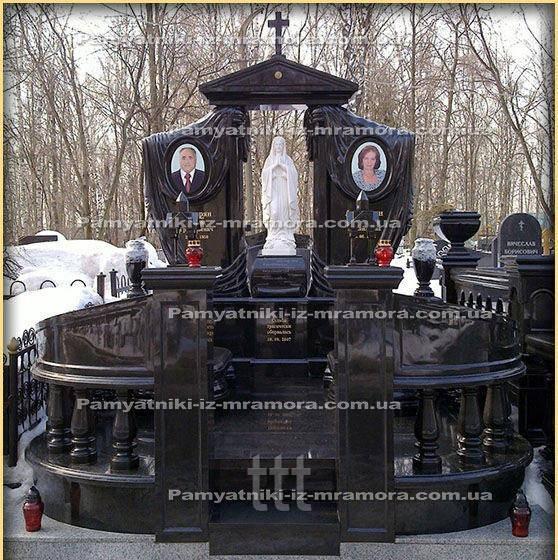 Двойное надгробие из гранита с божьей матерью  № 96