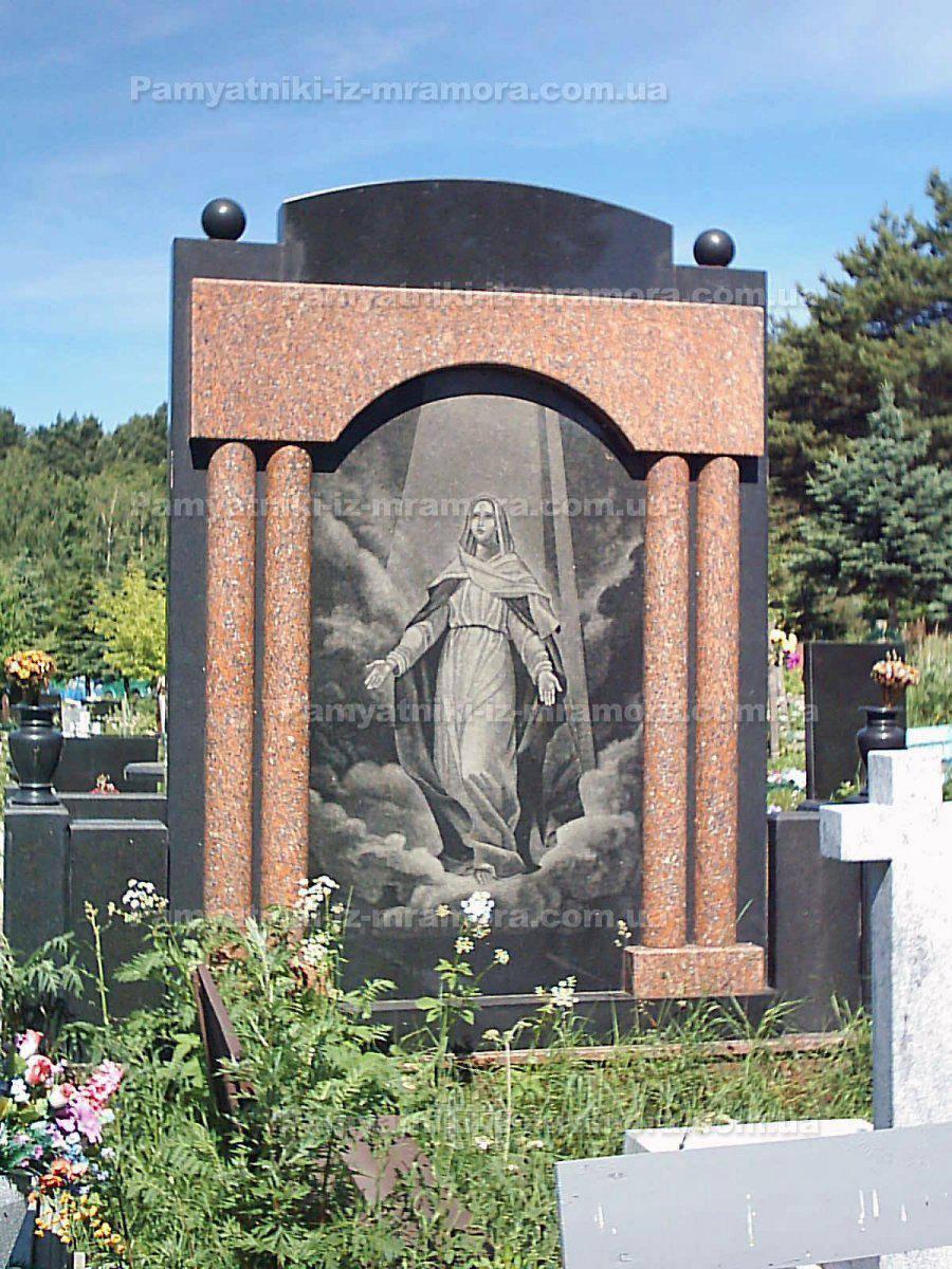 Двойное надгробие с колоннами № 23