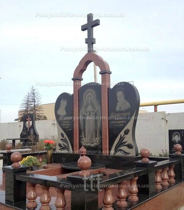 Двойное надгробие с крестом и колоннами № 25