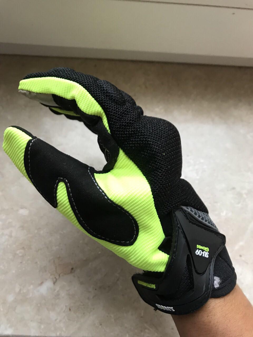 Защитные мото перчатки салатовые Suomy с внутренней защитой Kawasaki Suzuki