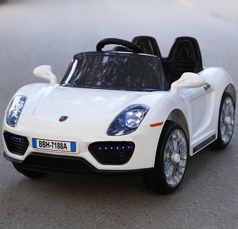 Детский электромобиль с пультом Porsche T-7616 белый