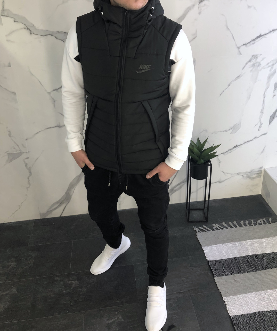 9d009ee2 Мужская жилетка Nike чёрная - Поставщик брендовой мужской одежды в Харькове