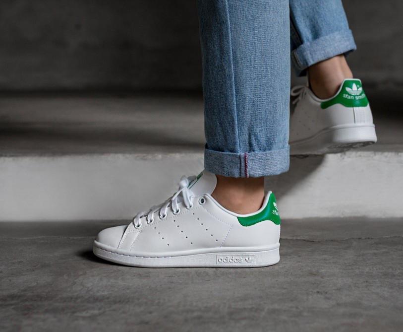 Женские кожаные белые кроссовки в стиле Adidas Stan Smith (Реплика ААА+)