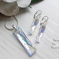 Красивый серебряный комплект с подвесками Сваровски в универсальном цвете Crystal AB