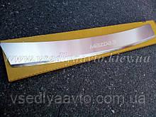 Накладка на бампер с загибом Mazda 3 III седан с 2013 г. (NataNiko)
