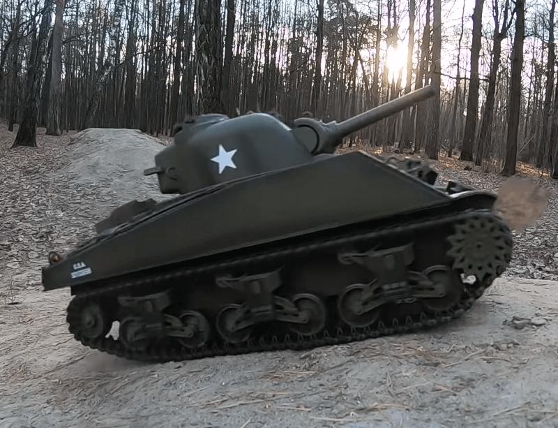 Танк на радиоуправлении Шерман Sherman HENG LONG 3898-1 M4A3. Суперподарок!