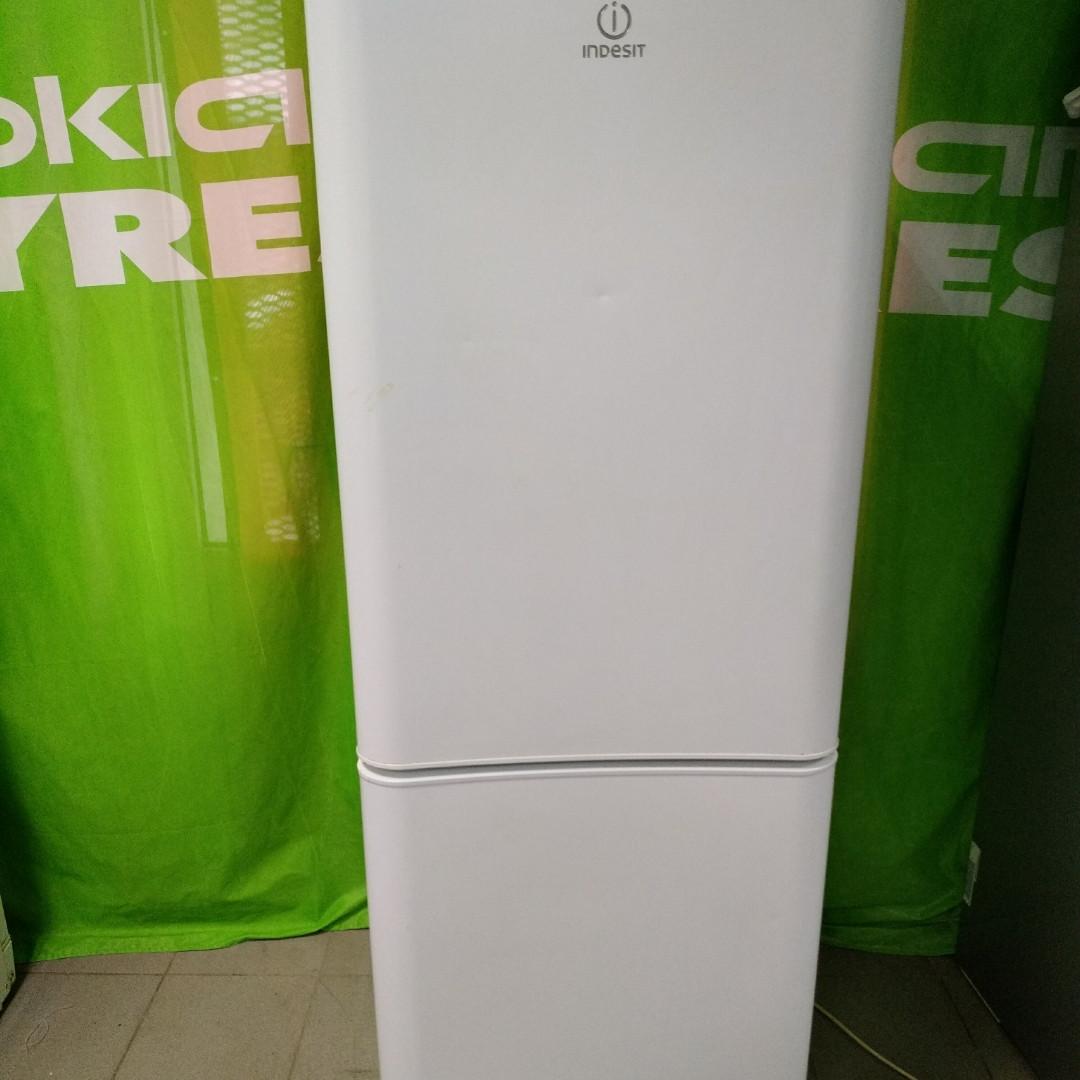Холодильник Б/У Indesit 170cm