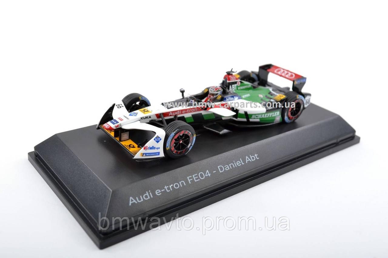 Модель гоночного болида Audi e-tron FE04, Abt, Scale 1:43, фото 2