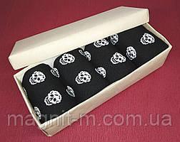 Набор мужских носков в подарочной картонной коробке. Черепа черные