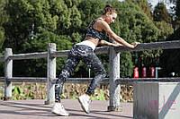 Костюм для фитнеса женский - лосины на шнуровке и майка