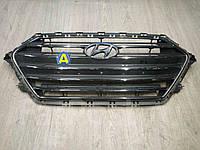 Решетка радиатора на Хьюндай Элантра (Hyundai Elantra) 2016-2019
