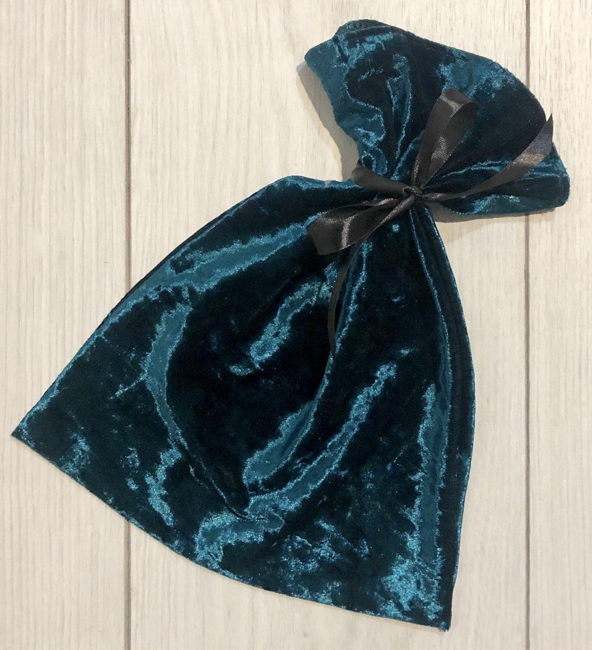 Сумочка из велюра для упаковки и хранения пижам, белья.
