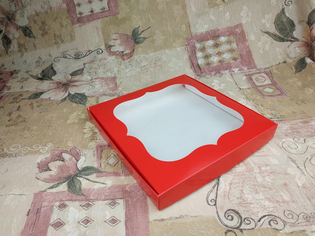 Коробка для пряников / 230х230х30 мм / печать-Красн / окно-обычн