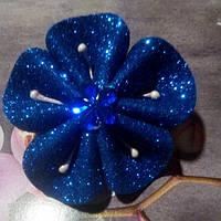 Резинка для волос из глитерного фома, синяя