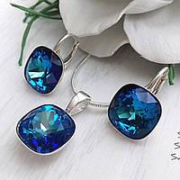 Комплект из серебра с камнями Сваровски бриллиантовой ювелирной огранки в сине-голубых оттенках