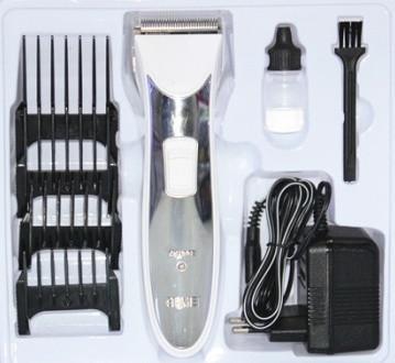 Машинка для стрижки аккумуляторная Gemei GM 654